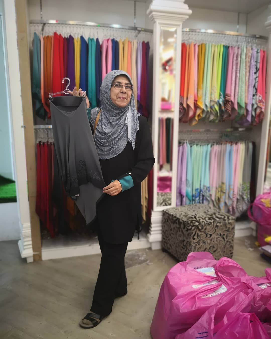Ariani, Babah & Co , Ladies Day Out Time Shopping Adik Beradik